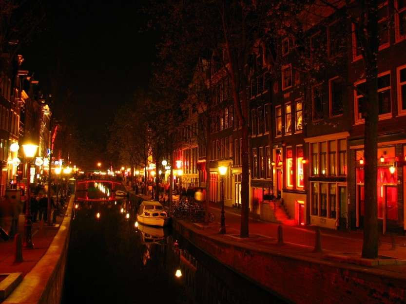 Red-Light-District.-Amsterdam-7