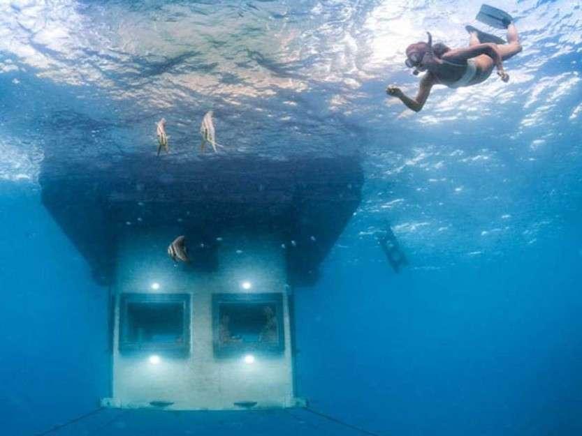 underwaterhotel03