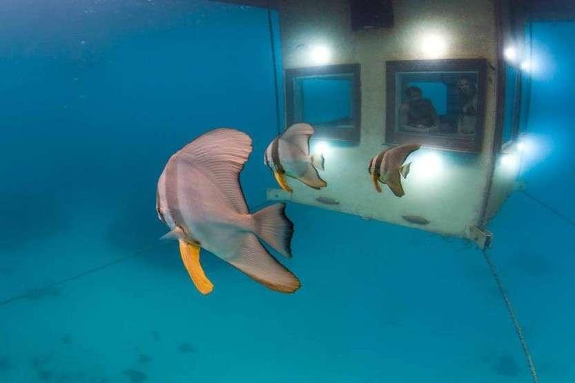 underwaterhotel05