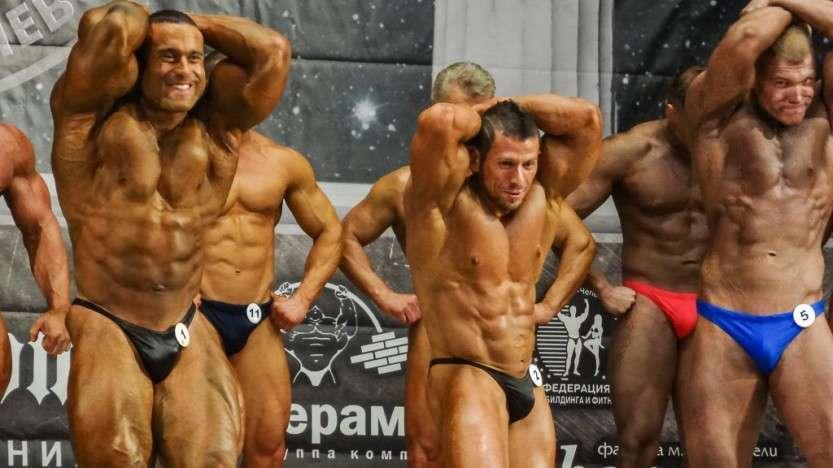 В Кирове прошли соревнования по бодибилдингу
