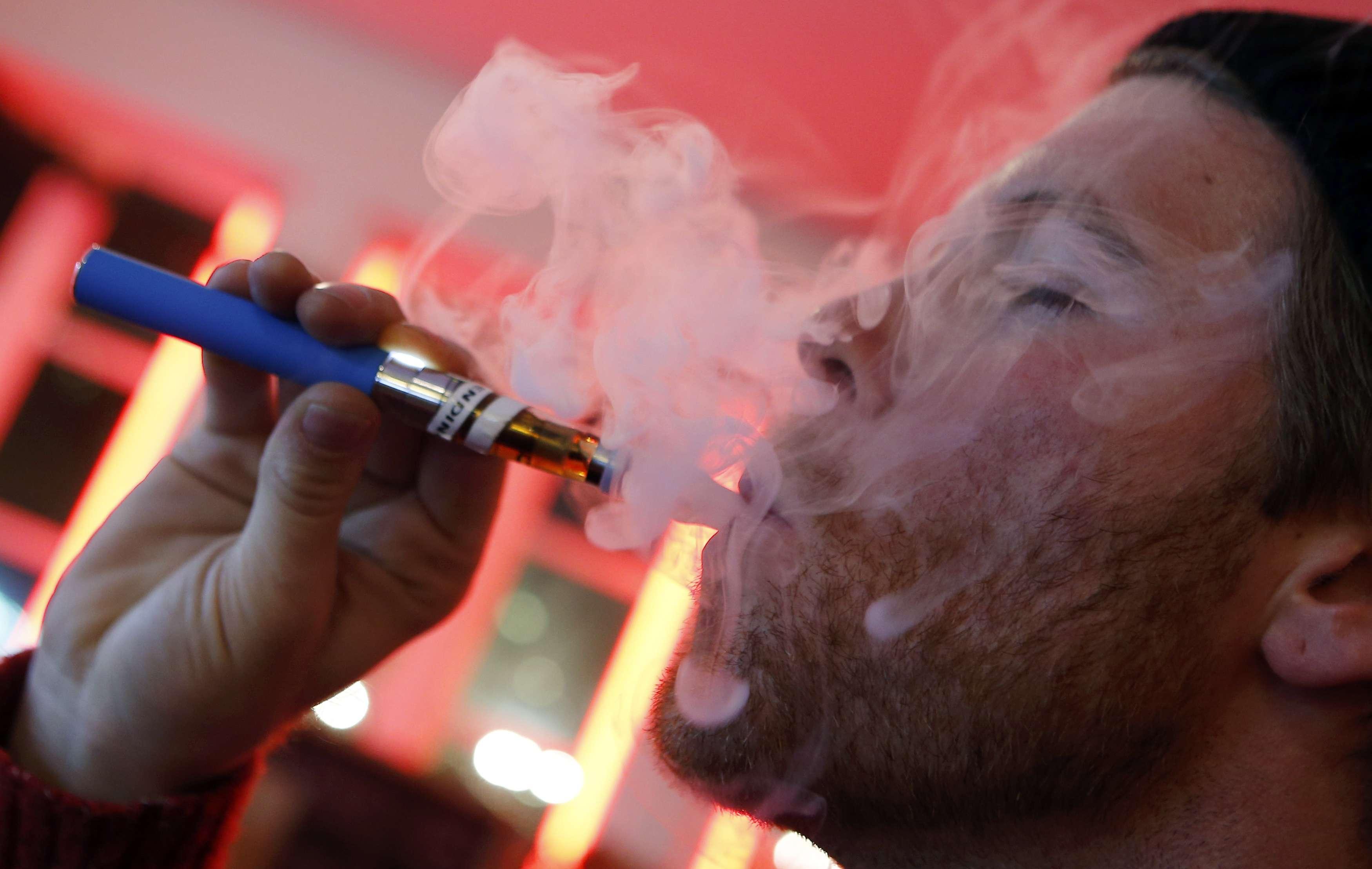 Электронная сигарета можно ли курить в кафе