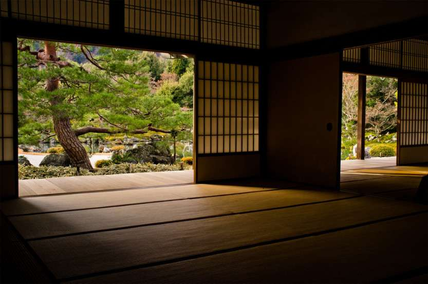 inside-of-temple-in-kyoto-japan