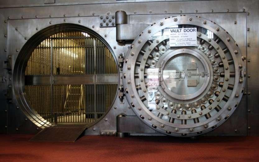 WinonaSavingsBankVault-900x562