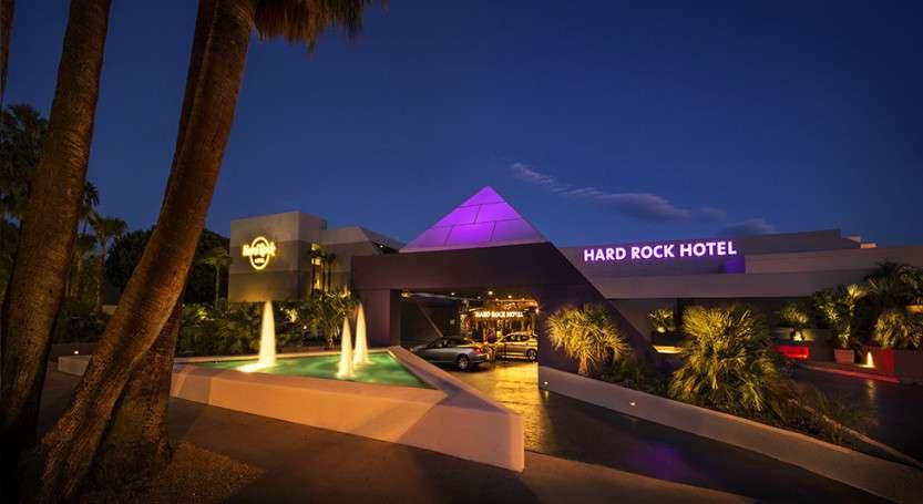 hard_rock_hotel_hqroom_ru_02