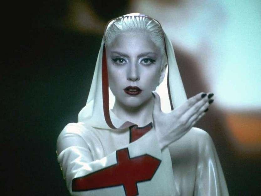 Так креативна ли леди Гага?
