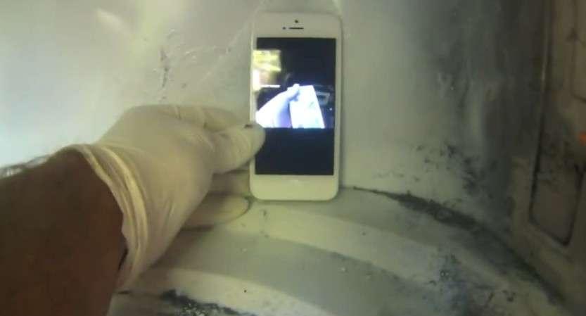 Зарядить телефон микроволновкой? Реально?