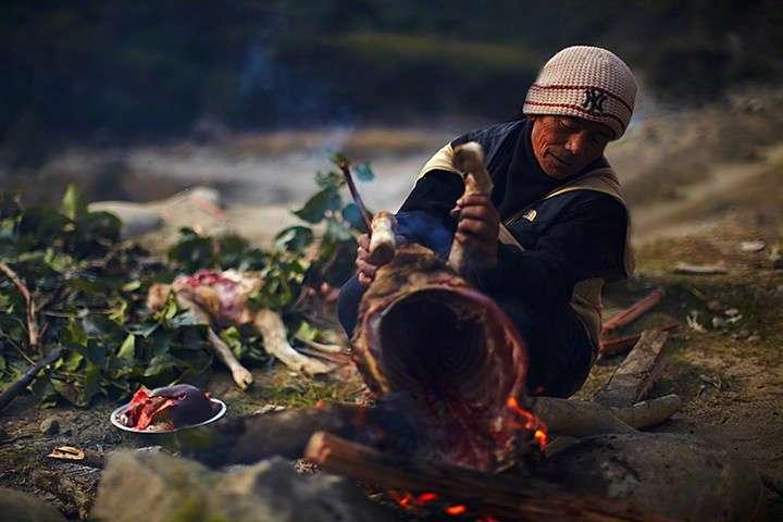 Honey hunters' traditional ceremony, Nepal
