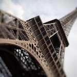 Эйфелева башня скоро станет другой