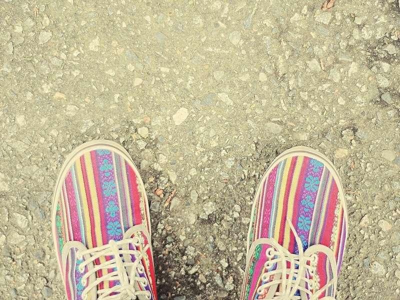 Выбираем яркую обувь