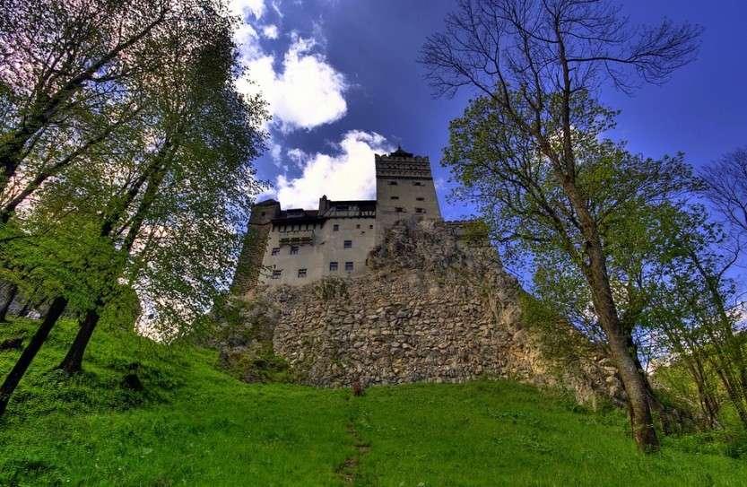 Продается замок Дракулы!