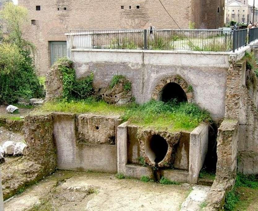 Прообразы современных канализаций