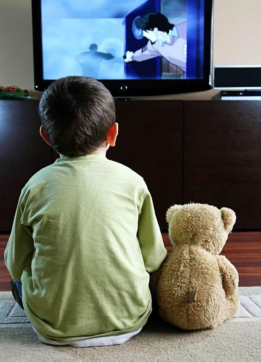 essay on tv and films influence children more than parents Debate about tv and films influence children more than parents: yes or no.