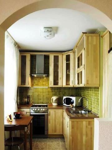 арка вместо двери на кухню
