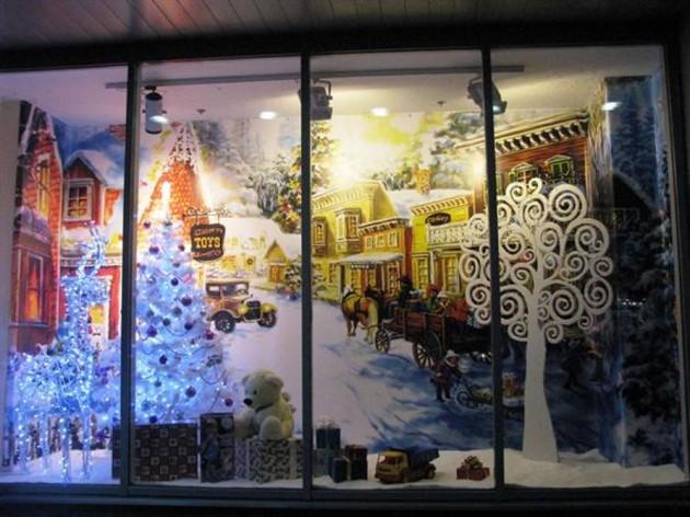 Новогодние декорации: синтетический искусственный снег