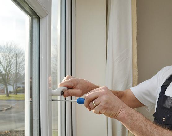 Как отрегулировать металлопластиковые окна?