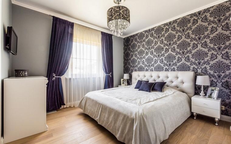 Обои для спальни (65 фото комбинирование обоев в спальне)